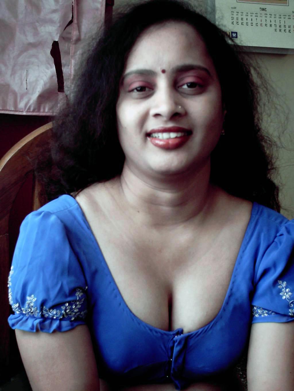 Bhabhi Nangi Photos 1 - Mumbai College Girls & Bhabhi Nude Images