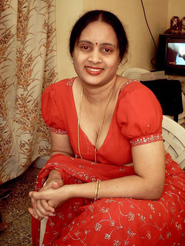 Bhabhi Nangi Photos 4 - Mumbai College Girls & Bhabhi Nude Images