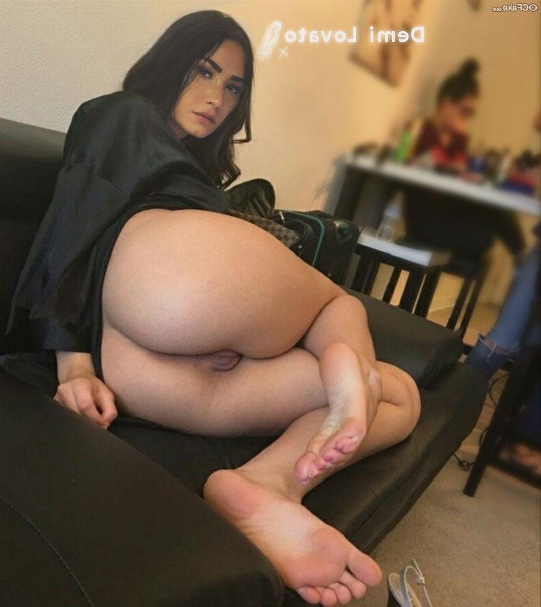 Demi Lovato fakes 16 - Demi Lovato Nude Porn Fake Sex Images