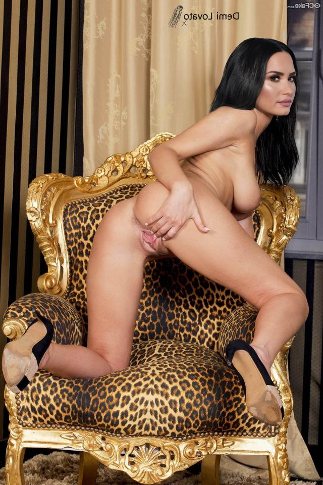 Demi Lovato fakes 19 - Demi Lovato Nude Porn Fake Sex Images