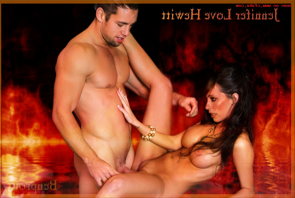 Jennifer Love Hewitt porn fakes 18 - Jennifer Love Hewitt Nude Porn Sex Fake Photos