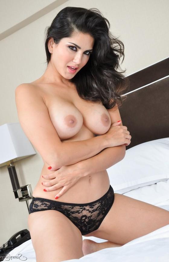 SunnyLeoneMilkyBigBoobs - Sunny Leone Nude XXX Pussy Sex HD Photos