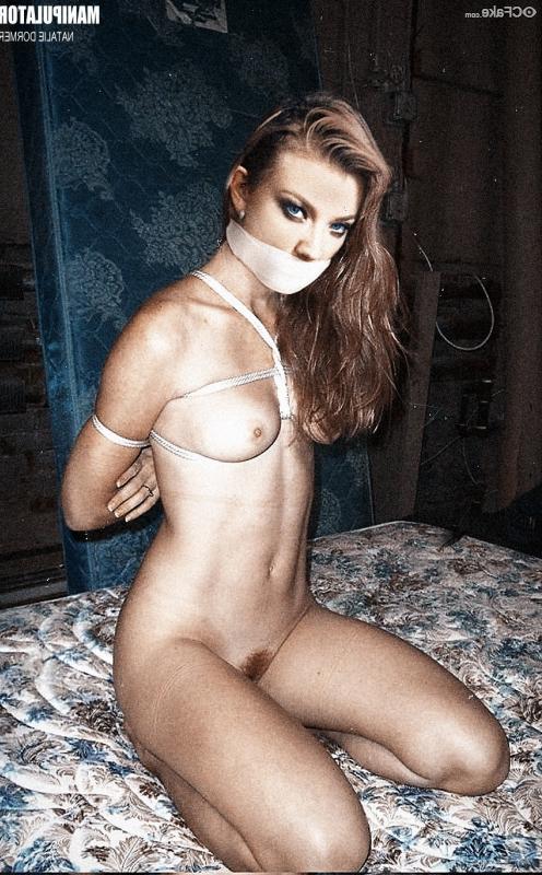 Natalie Dormer naked 27 - Natalie Dormer Nude Fakes XXX Photos