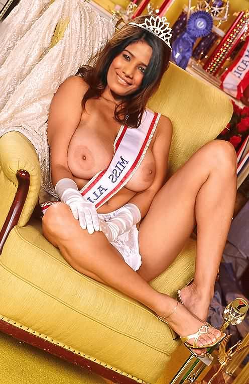 Poonam Pandey nangi 14 - Poonam Pandey Nude Hot Sexy Photos
