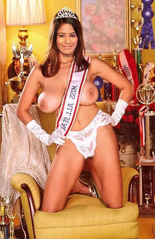 Poonam Pandey sexy 1 - Poonam Pandey Nude Hot Sexy Photos