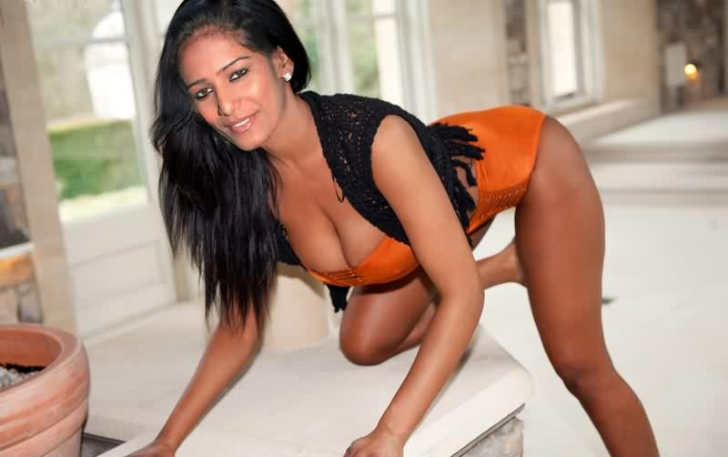 Poonam Pandey xxx boobs 8 - Poonam Pandey Nude Hot Sexy Photos