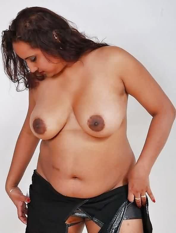big boobs gujrati nude - Ahmedabad Bhabhi Nude Pics Gand Sexy Photos