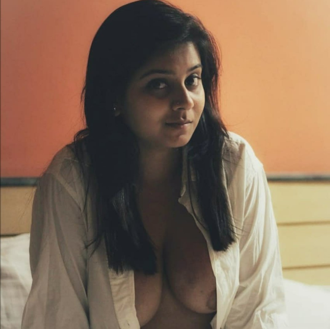 desi randi nangi pics 3 1 - Desi Randi Ki chudai Sexy Nude Gand Chut Pics