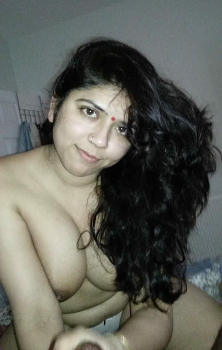 desu bhabi gujrati xxx 5 - Ahmedabad Bhabhi Nude Pics Gand Sexy Photos