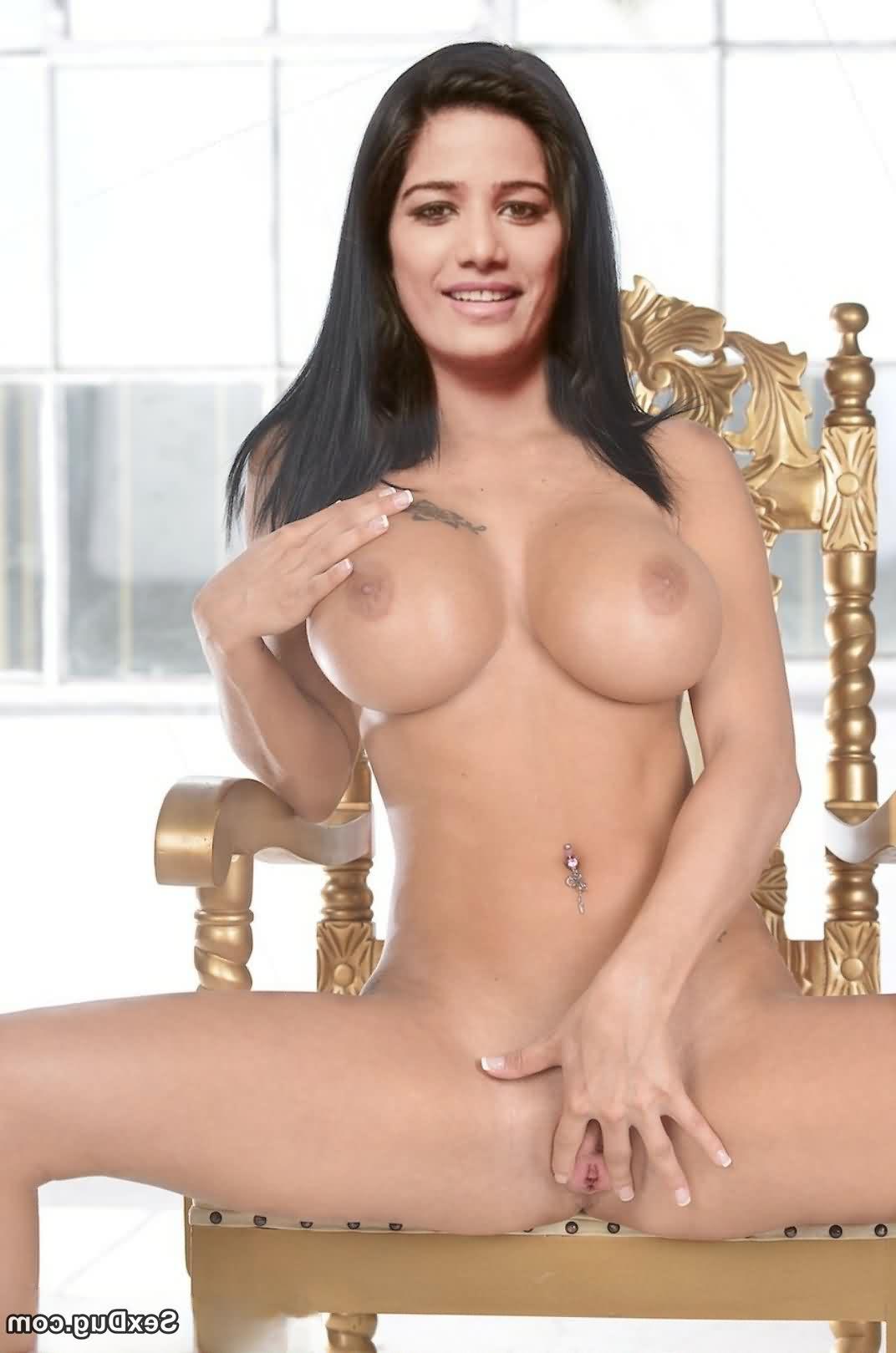 nude Poonam Pandey xxx 5 - Poonam Pandey Nude Hot Sexy Photos