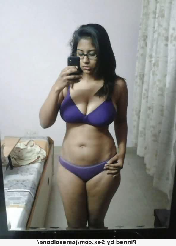 nude xxx gujrati hot 1 - Ahmedabad Bhabhi Nude Pics Gand Sexy Photos