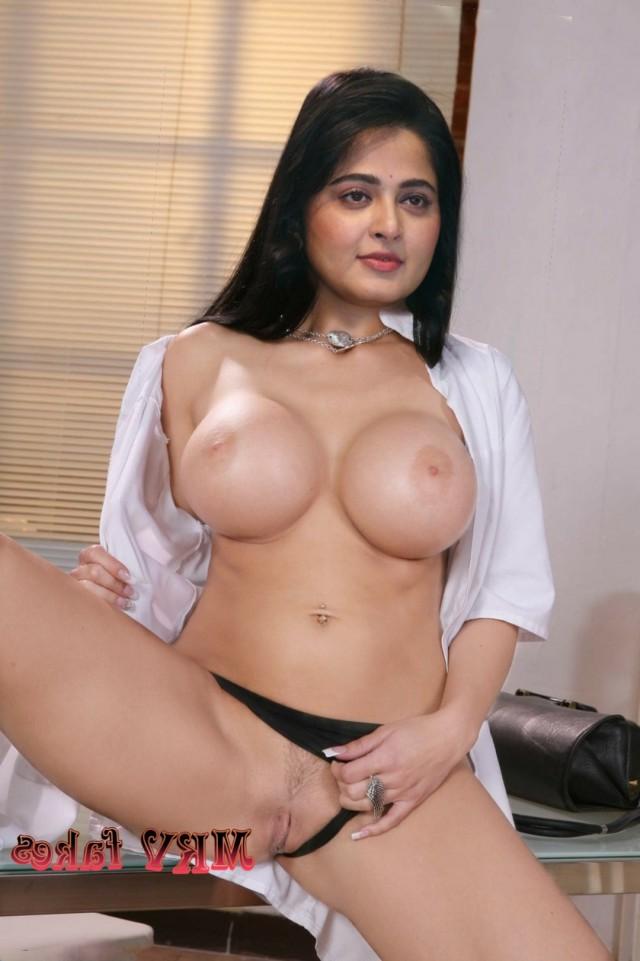Anushka Shetty big boobs 4 - Anushka Shetty Nude Sex Fucking Images