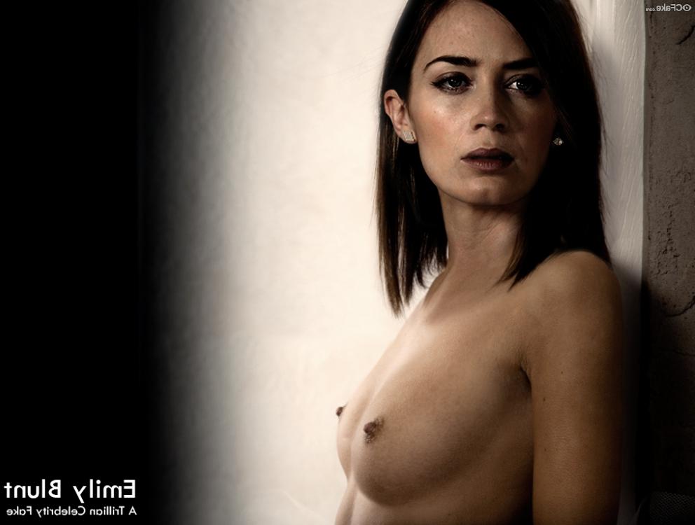 Emily blunt celeb nude