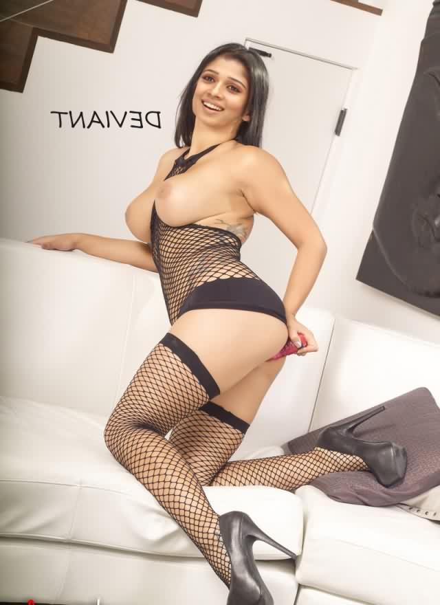 Nayantara naked xxx 5 - Nayanthara Nude Sex Porn Fake Pics